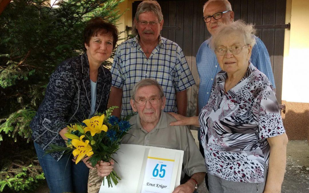 65 Jahre Mitgliedschaft in einer liberalen Partei